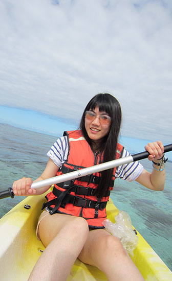 Kayaking in Beachcomber Island, Fiji