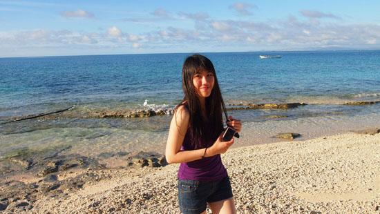 Exploring Beachcomber Island, Fiji
