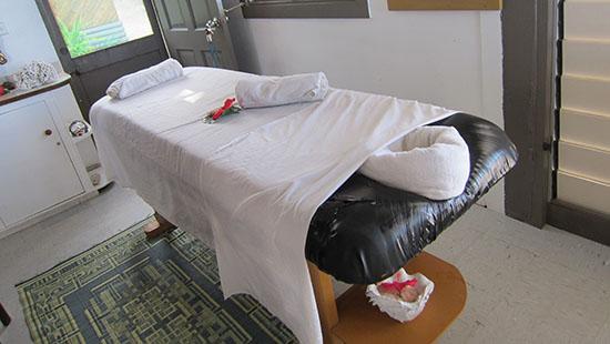 massage at Beachcomber Island