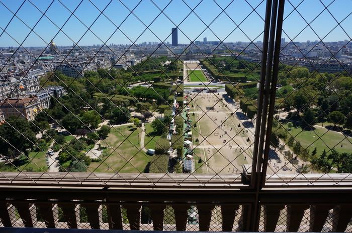 b02_Eiffel Tower