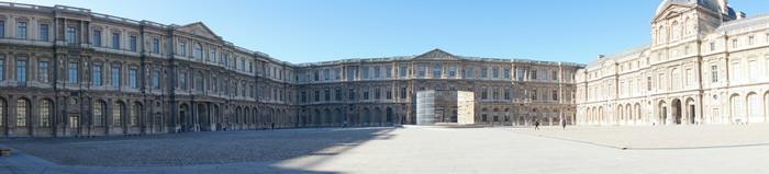 c01_Louvre Museum