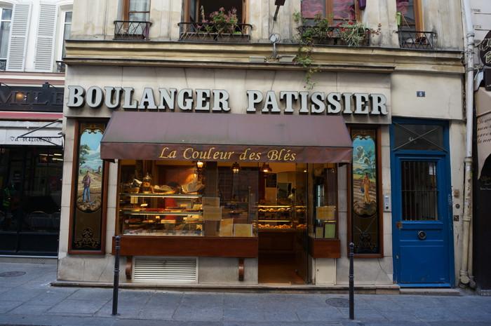 e01_Paris Street