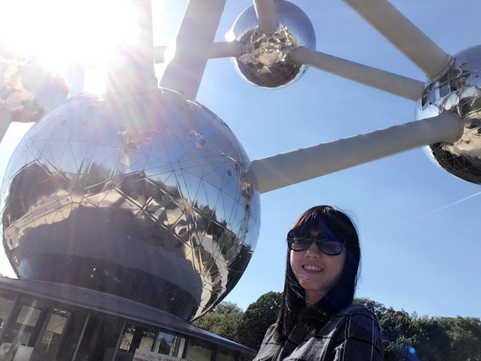 f01_Brussels Atomium