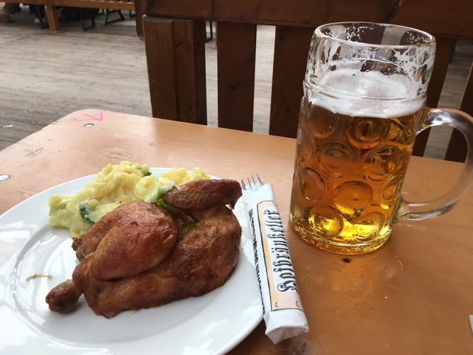 12-munich-oktoberfest-wiesn-hendl