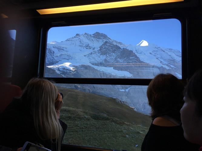 b2-jungfraujoch-train