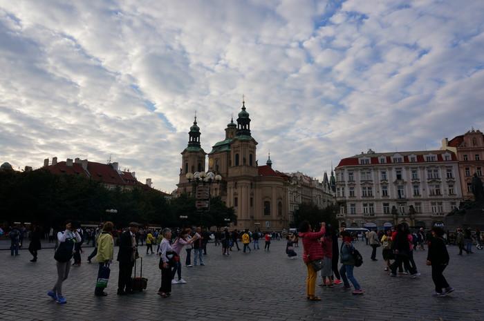 c05-prague-market-square