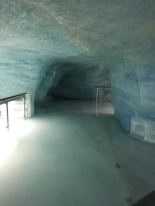 e2-jungfraujoch-ice-palace