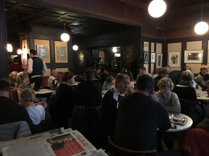 e5-vienna-cafe-leopold-hawelka