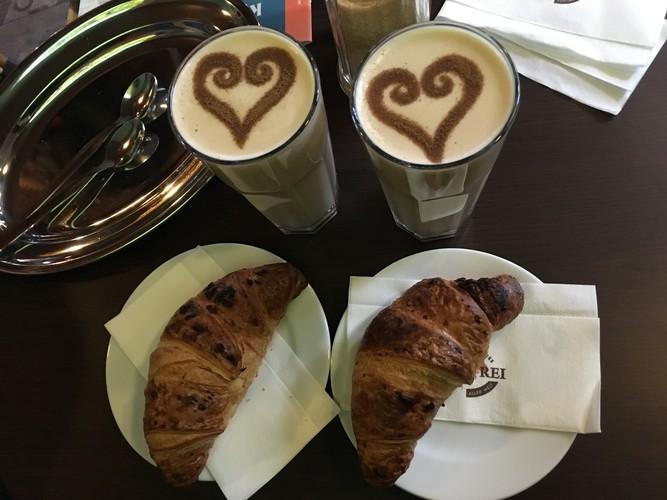 e9-vienna-cafe