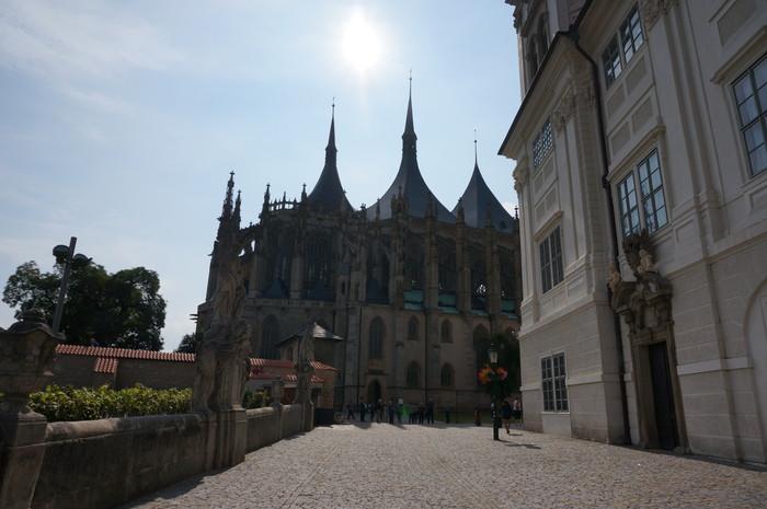 i05-prague-st-barbara-church