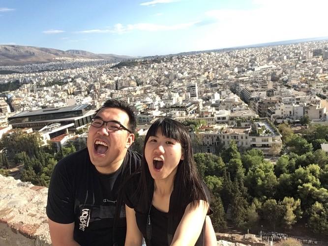 b3-athens-acropolis-screaming