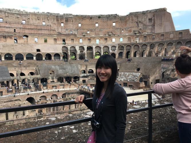 b3-rome-colosseum