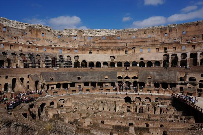 b4-rome-colosseum-inside