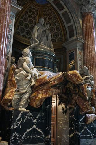c3-vatican-st-peters-basilica-inside