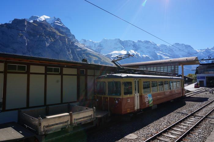 d7-murren-train