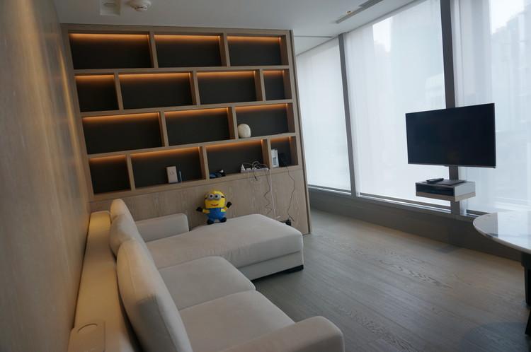 01HK One96 Hotel Living Room 1