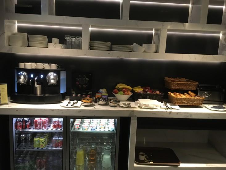 13HK One96 Hotel Breakfast 1