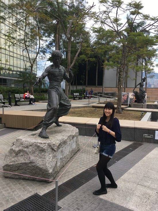 HK11 Garden of Stars Bruce Lee Statue